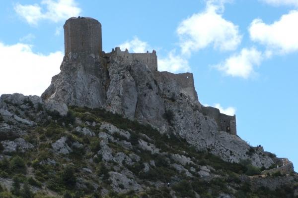 chateau_queribus_fb