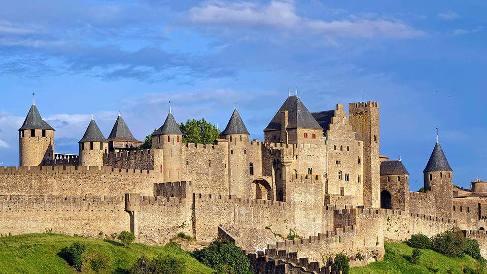 Middelalderby med 52 tårne